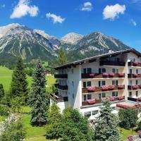 Hotel Post, hotel in Ramsau am Dachstein
