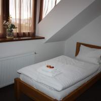 Hotel Farma Vysoká – hotel w mieście Chrastava