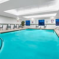 Holiday Inn & Suites Raleigh Cary