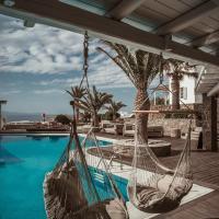Soho Roc House Mykonos, hotel in Paraga