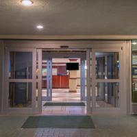 Ramada Plaza by Wyndham Totowa, hotel in Totowa
