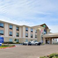 Holiday Inn Express and Suites Schulenburg, hotel in Schulenburg