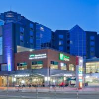 Holiday Inn Express Vancouver-Metrotown (Burnaby), hotel in Burnaby
