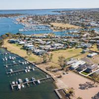 Captains Hideaway - Jetty Berth and Pet Friendly