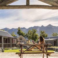 Camp Glenorchy Eco Retreat, hotel in Glenorchy