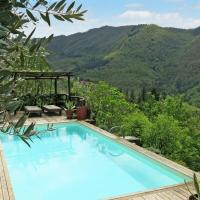 Stone house with exclusive garden and pool and private parking