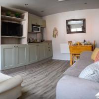 Carver Apartment at West Drayton Farm