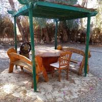 Appartamento con giardino privato a sharks bay, hotel near Sharm el-Sheikh International Airport - SSH, Sharm El Sheikh