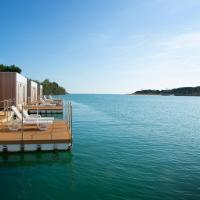 Marina Uno Floating Resort