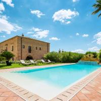 San Michele di Ganzaria Villa Sleeps 9 Pool Air Con