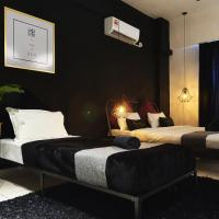 Favstay Aeropod Triple Room, hotel near Kota Kinabalu International Airport - BKI, Kota Kinabalu