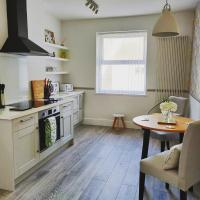 New 1 Bed First Floor Flat in Central Fareham, hotel in Fareham