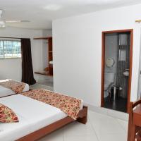 Hotel Canoa Inn