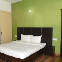 The Palm Tree -Family Stay, hotel near Sri Guru Ram Dass Jee International Airport - ATQ, Amritsar