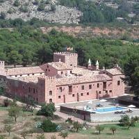 Masia de San Juan - castillo con piscina en plena Sierra Calderona