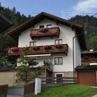 Ferienwohnung Pezzei, hotel in Schlitters