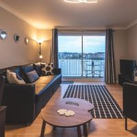 Vespasian Quay - Balcony overlooking the River Itchen - Secure & private parking