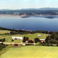 Gîte à la Vieille École, hotel em Saguenay