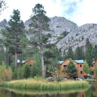 Double Eagle Resort and Spa, hotel in June Lake