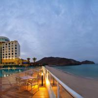 Oceanic Khorfakkan Resort & Spa, hotel in Khor Fakkan