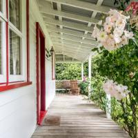 Post Office Cottage - Self catering, escape to the country