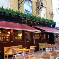 The Grapes Inn