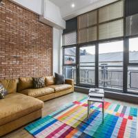 Spacious 3 bed city centre apartment