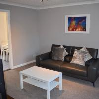 Kelpies Serviced Apartments Hamilton- 2 Bedrooms, hotel in Falkirk