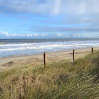 Beach Therapy, hotel in Bacton