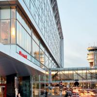 Montreal Airport Marriott In-Terminal Hotel, hotel em Dorval