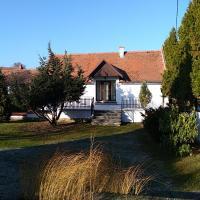Chalupa, отель в городе Стршибро