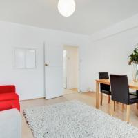 Cosy 3 bed family apartment near Kings Cross