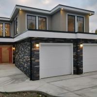 Parandeh Lane: Collwood 7 bedroom full house.