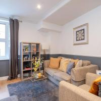 Tower Bridget 1 bed, up to 4 guests by GuestReady
