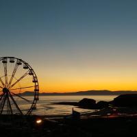 Palm Cove Bundoran Luxurious Sea View Balcony Free Wifi Netflix Sleeps 5