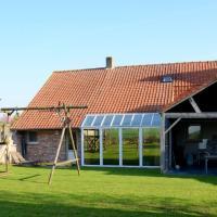 Graceful Holiday Home in Beveren aan de IJzer with Terrace