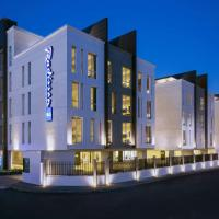 Radisson Blu Residence, Dhahran, hotel in Al Khobar