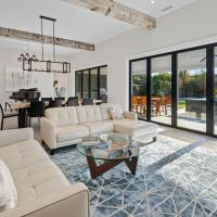 New Listing! Luxe Brand-New Home in Wine Country home, hotel in Kenwood