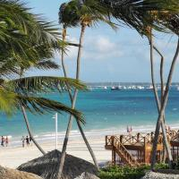 Villas Tropical Los Corales Beach & Spa, hotel in Punta Cana