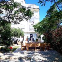 Residence De Franco, hotell i Cirò Marina