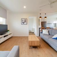 Peaceful 3 Bedroom Apartment in Ascot