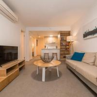 2 Bedroom Apartment Seconds From Valley