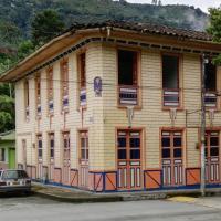 HOSTAL CASA VICTORIA PIJAO, hotel in Pijao