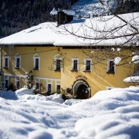Ferienhotel Gasthof zur Post, hotel in Untertauern