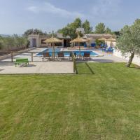 Villa Son Ullastre, hotel in Algaida