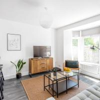 Relax in Warm & Cosy Apartment In Charming Victorian Neighbourhood, Free Parking, hotel in Cardiff