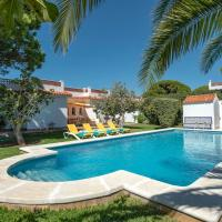 Roche Villa Sleeps 6 with Pool and Air Con