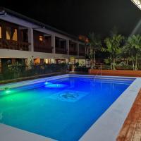 Hotel Nido del Halcon, hotel in Uvita