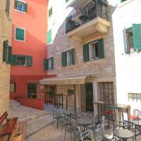 Apartments by the sea Makarska - 17903