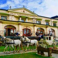 Pałac na wodzie Falkowski – hotel w mieście Augustów
